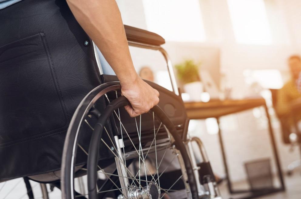 sovety-po-uhodu-za-invalidami
